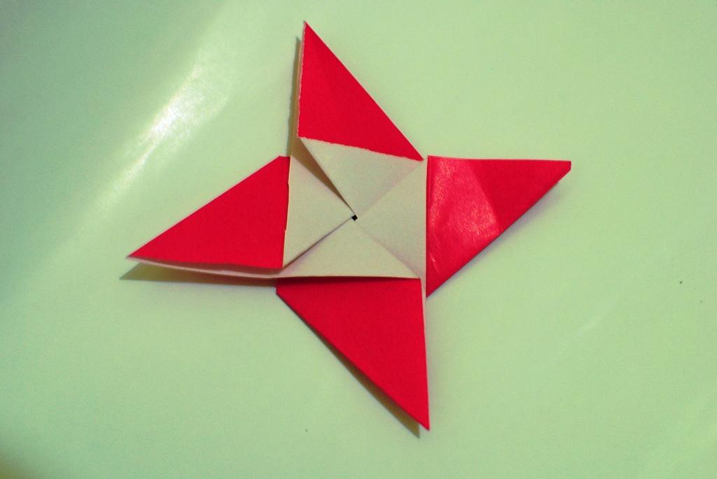 Modular Origami Transforming The Japanese Pinwheel Into A Sonobe