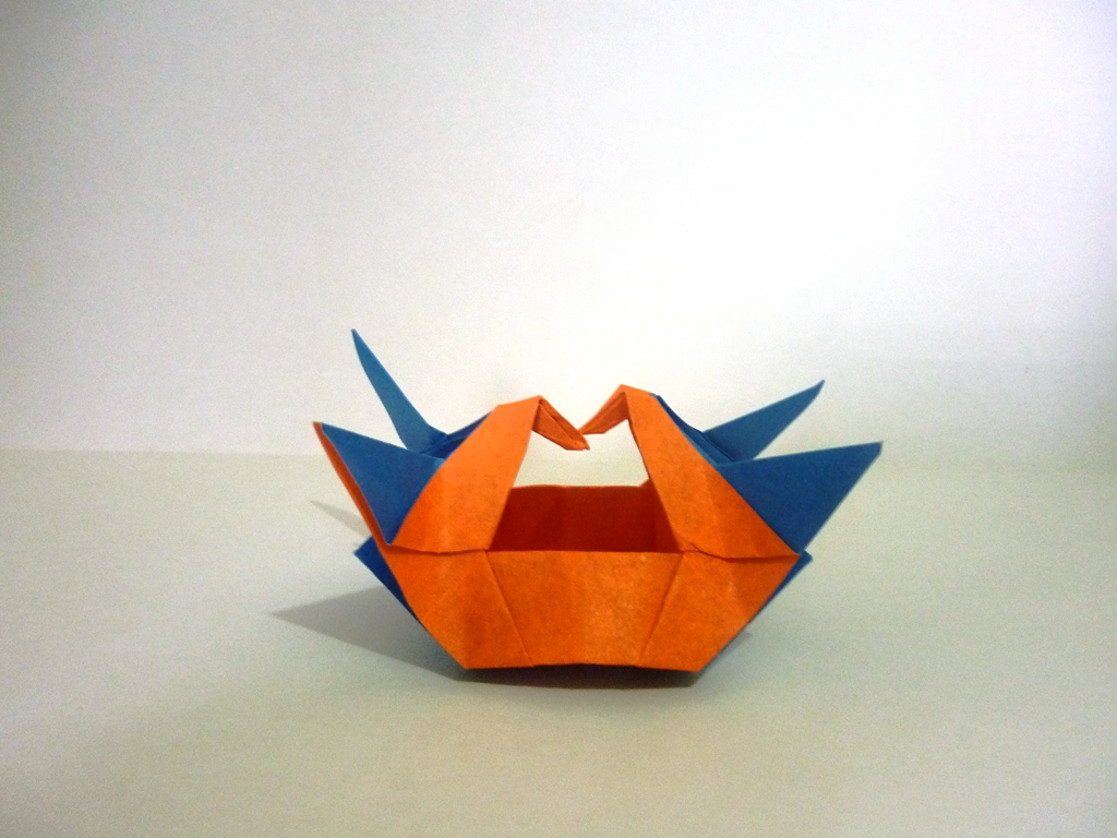 How to Make Origami Water Bomb Base : 5 Steps - Instructables | 768x1024